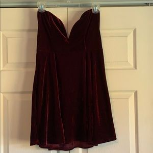 Tobi Velvet Strapless Dress Size L